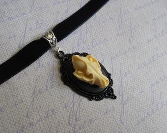 Gothic Lolita wolf skull cameo velvet choker necklace