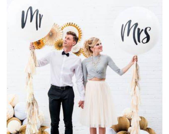 Mr and Mrs balloons,36 inch jumbo balloon,custom tissue paper tassel balloon,Wedding balloons,engagement balloons,Mr and Mrs large balloons