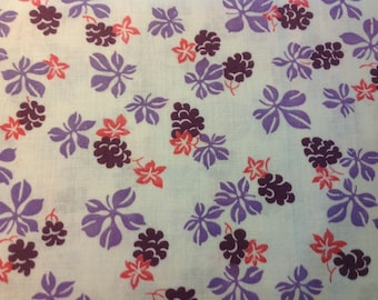Vintage Feedsack in Floral Design, violet, eggplant and pink