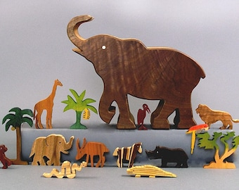 Elephant Story Box, Wooden Toy, African Zoo Animals Waldorf Gifts for Kids Boys Girls Handcrafted Presents Montessori Miniature Giraffe Lion