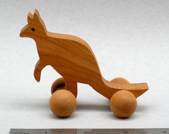 Kangaroo Wheel Toy Eco Friendly Wood Toy Kids Party Favor Wooden Animals Australia, Australian Animal Wooden Gift for Boys and Girls Waldorf