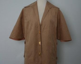 Vintage Jacket / 70's Cape / 1970's Blazer / Medium Large / Ultra Suede / Vegan Suede / Khaki, tan, beige, sand  / 70s Vintage Clothing