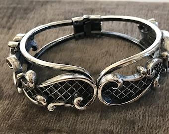 Vintage Tortolani Clamper Bracelet