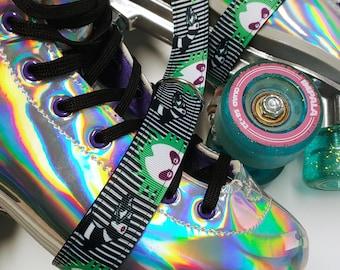 Striped Sand Worm Print Skate Leash with D Rings - Adjustable -  Yoga Mat Strap - Skateboard Sling