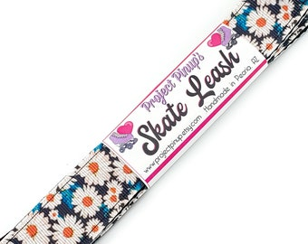 Daisies Floral Print Roller Skate Leash with D Rings - Adjustable -  Yoga Mat Strap - Skateboard Sling