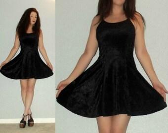 913 XS S Vtg 80s Black Crushed VELVET Babydoll Skater Dolly Lolita Fit and  Flare Mini Dress fd3e54b70