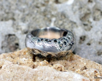 Ring Outside. Sterling silver with pure silver and enamel