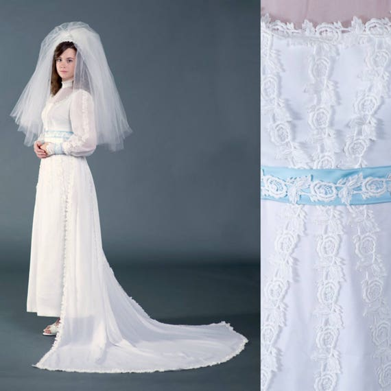 Vtg 1950s wedding dress, bridal gown with blue tr… - image 1