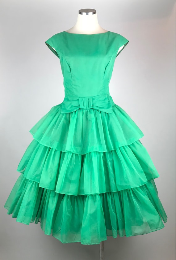 Vintage 1950s kelly green organza tiered party dre
