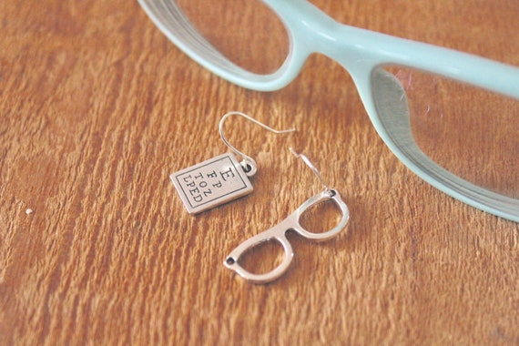 Mini Snellen chart and eyeglass charm earrings, silver tone, optician  jewelry, mismatched earrings, Ms  Myopic