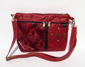 Red and Black Fleur De Lis Embossed Genuine Leather Medium Purse