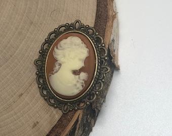 Classic lady cameo Brooch Pin Jewelry // Cameo brooch pin