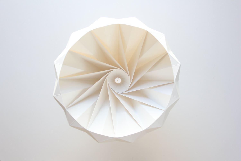 Studio Snowpuppe Lamp : Chestnut paper origami lampshade white