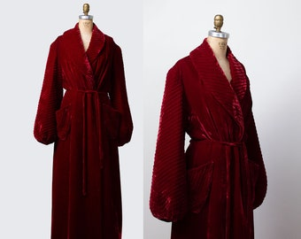 347d6bcc7e 1940s Red Velvet Robe   40s Quilted Bishop Sleeve Bathrobe