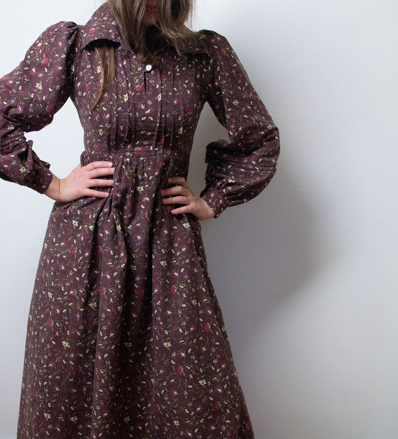Vintage 1970s Floral Print Dress | Laura Ashely