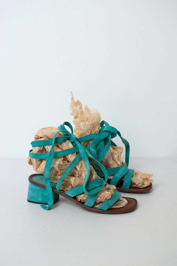 1970s Green Suede Lace Up Sandals