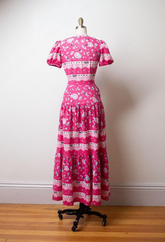 1940s Novelty Print Dress - image 6