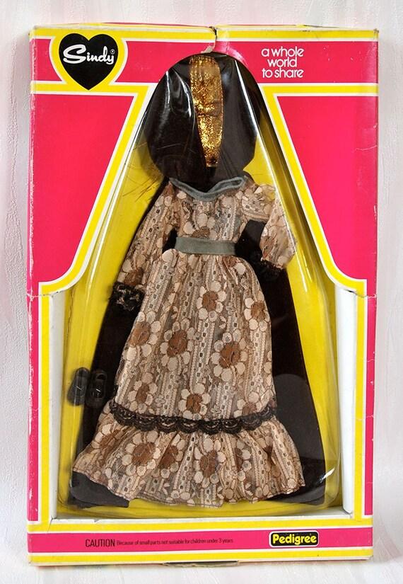 Bambole Vestito Tuta Sindy//BARBIE DOLL Multi inserzione scegli il tuo oggetto dal menu
