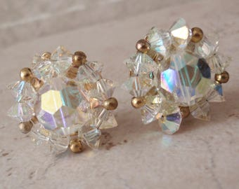 Beaded Cluster Earrings Lisner AB Gold Tone Clip On Vintage