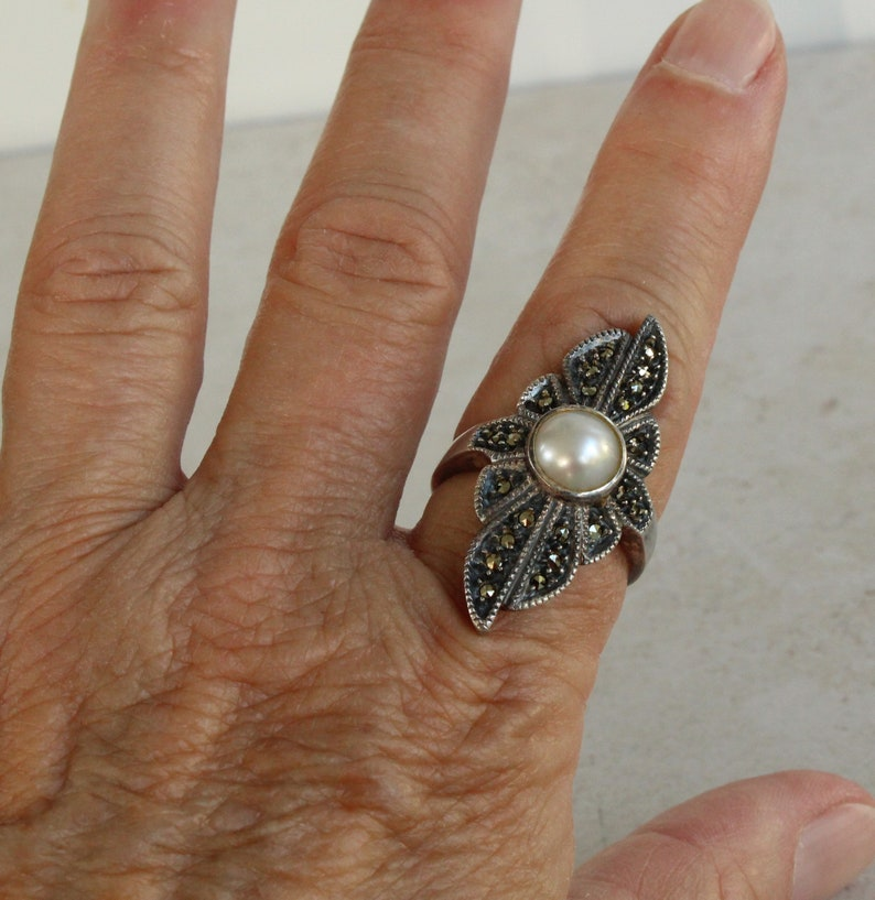 Judith Jack Marcasite Ring with Pearl Size 9 Vintage Ring Sterling Silver Statement Ring