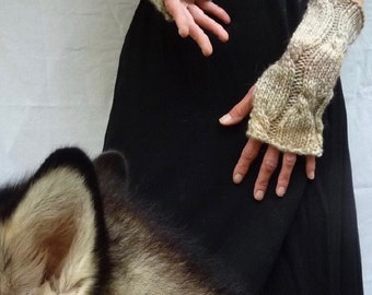 INNER WILD Wanderer Warmers Knitting PATTERN - any chunky yarn, big needles, a quick cozy knit