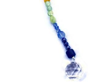 ROYGBIV Kristall Suncatcher Ornament Feng Shui 20mm mit einem Regenbogen Perlen für Regenbögen und hängen