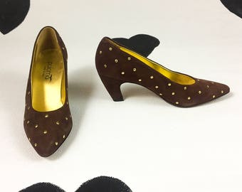 80's brown suede gold studded pumps 1980's dotted Paloma high heel pumps / pointed toe / curved heel / made in Italy / size 9 1/2 AA 9.5 40