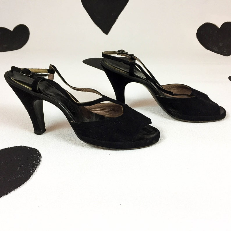 cbdd9057ce82 Late 1940 s black suede open toe T-strap high heels