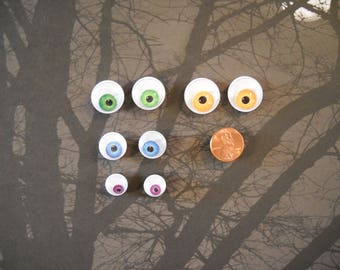 Monster Googly Eyeball magnets