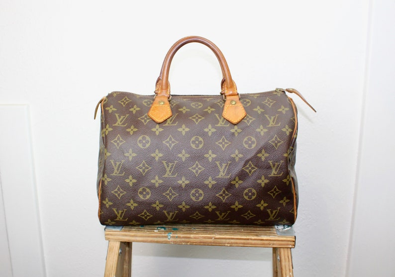 7e11eafb948f Vintage Louis Vuitton Speedy Bag Size 30 Medium Brown