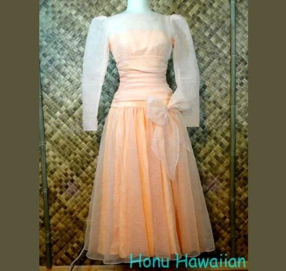 Vintage 1960's ORGANZA Bridesmaid / Prom Dress. Sm