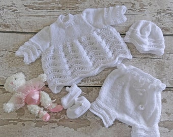 EARLY BABY 3-5LB WHITE HAND CROCHET KNITTED SHOES BOOTEES REBORN PREM BABY GIFT