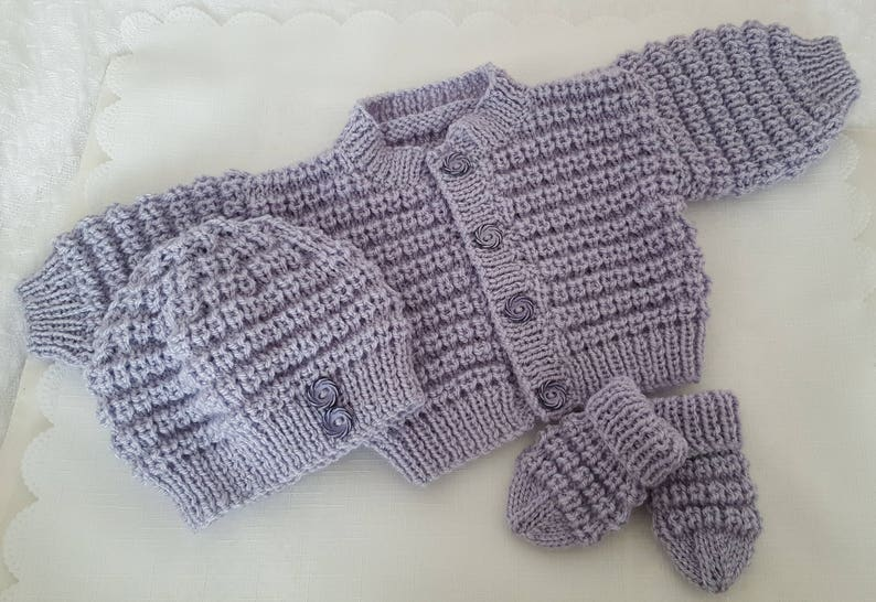 63ef7bdff Knitted Baby Clothes - Baby Gift - Hand Knitted Baby Cardigan Hat & Mittens  - Handmade Unisex Baby Sweater Set 3-6 Months - Ready To Ship