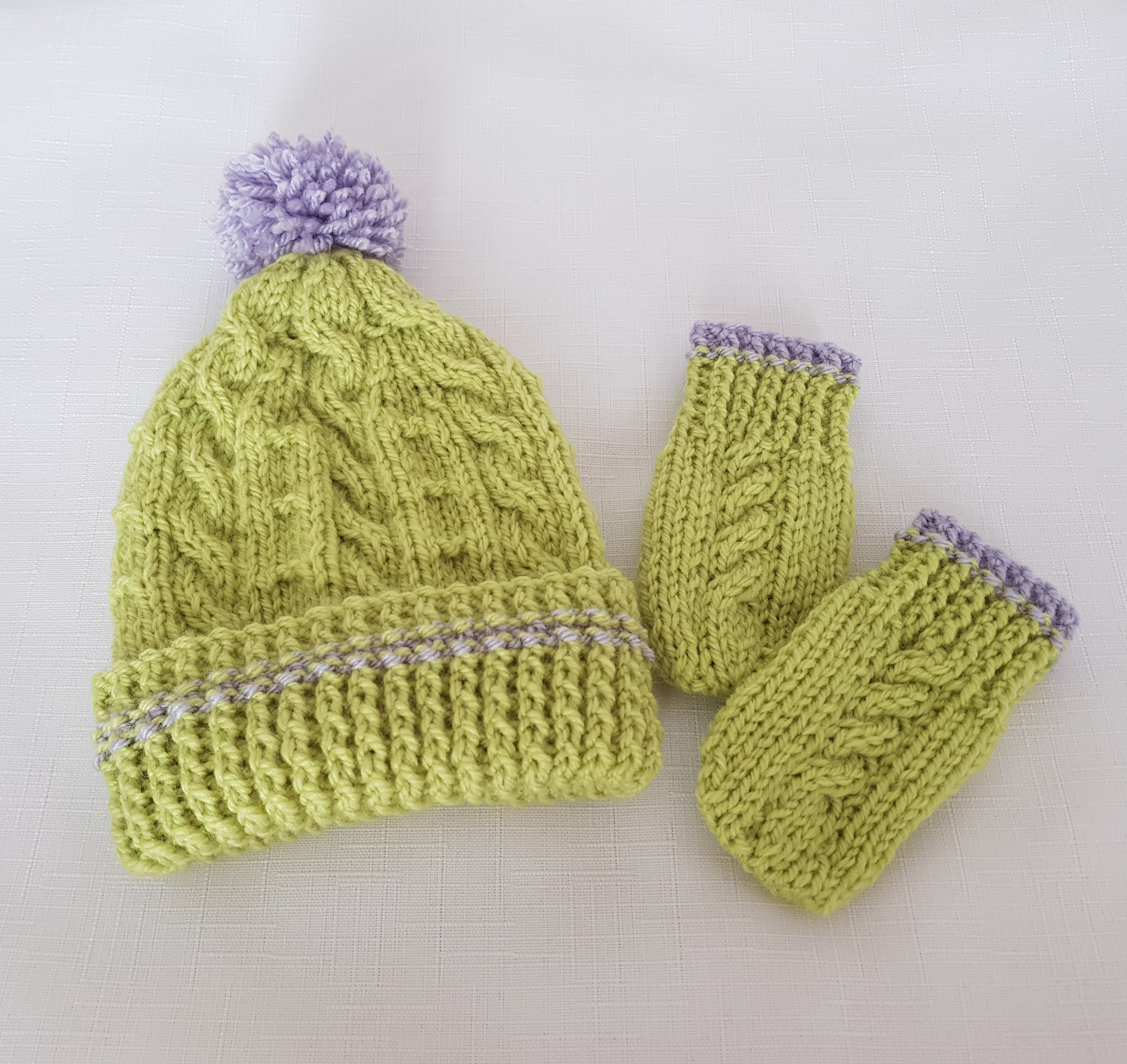 Baby Knitted Hat   Mittens Handmade Baby Boys Gift  887faed6e206