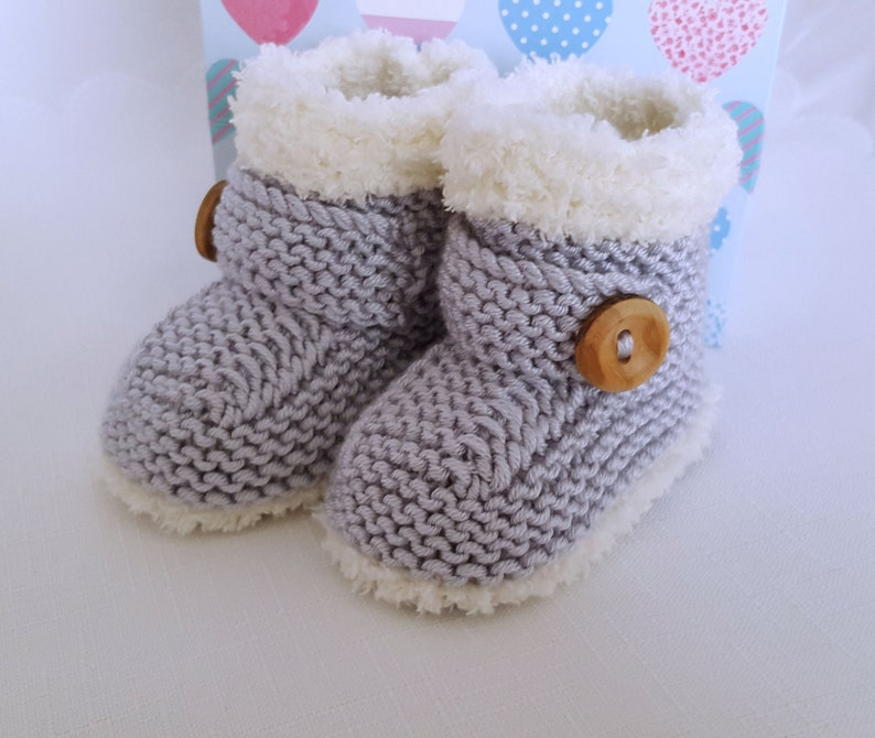 Baby Blue//Pink//White Boy//Girl Acrylic Cable Knit Bootee//Booties Socks Newborn