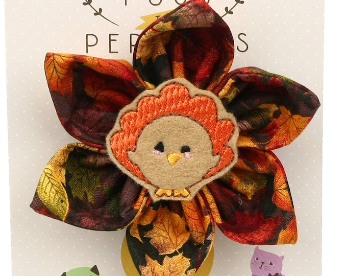 Thanksgiving Dog Bow - Thanksgiving Turkey on Autumn Leaves - Flower - Collar Blossom - Large Size