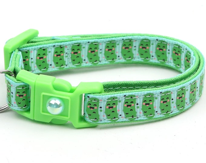 Pickle Cat Collar - Pickles on Aqua - Small Cat / Kitten Size or Large Size