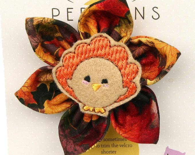 Autumn Dog Bow - Thanksgiving Turkey on Autumn Leaves - Flower - Collar Blossom - Medium Size