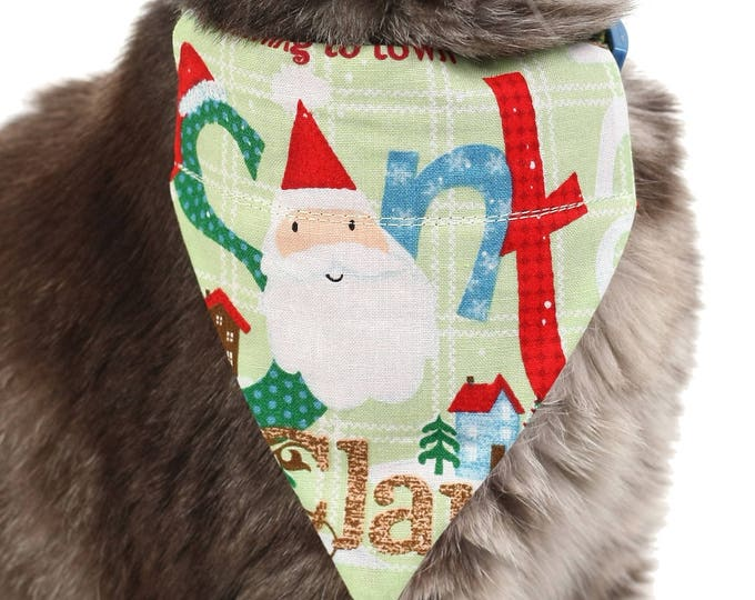 Pet Bandana - Here Comes Santa Claus on Green Plaid - Pet Scarf - Collar Cover - Christmas