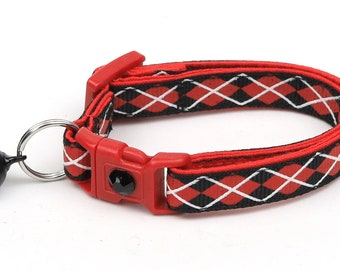 Argyle Cat Collar - Red Argyle on Black - Small Cat / Kitten Size or Large Size B77D32