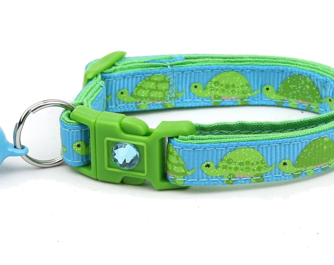 Turtle Cat Collar - Turtles over Blue - Small Cat / Kitten Size or Large Size