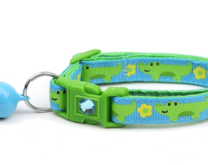 Alligator Cat Collar - Alligators and Daisies over Blue - Small Cat / Kitten Size or Large Size