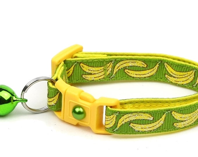 Fruit Cat Collar - Bananas on Green - Small Cat / Kitten Size or Large Size