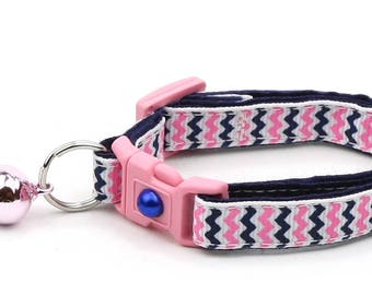 Chevron Cat Collar - Pink and Navy Chevrons - Breakaway Cat Collar - Kitten or Large size B78D140