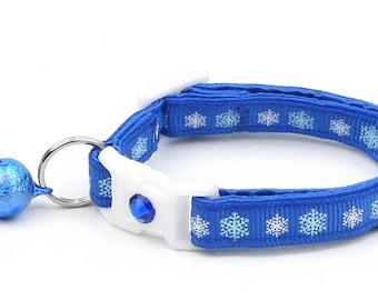 Snowflake Cat Collar -Snowflakes on Royal Blue- Breakaway Cat Collar  - Kitten or Large Size Snow B65D110