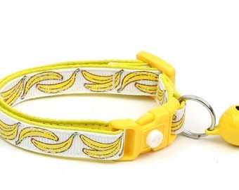 Fruit Cat Collar - Bananas on White - Small Cat / Kitten Size or Large Size D22