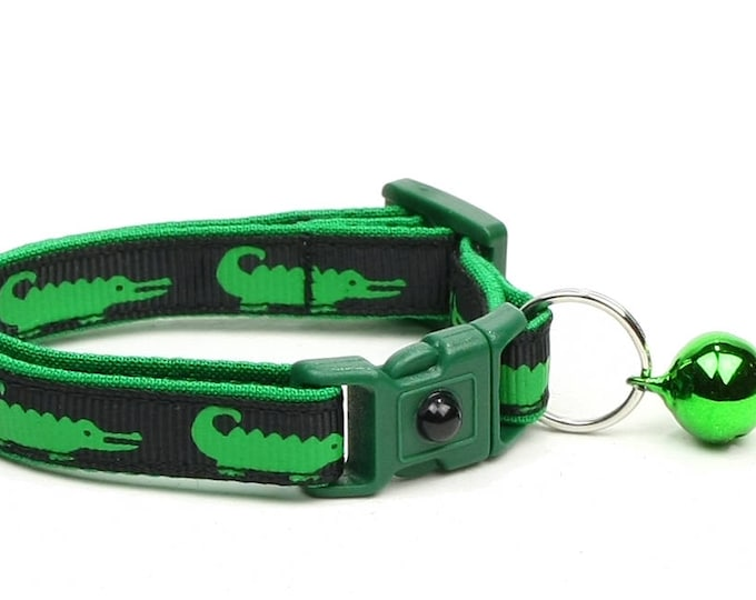 Alligator Cat Collar - Alligators on Black- Small Cat / Kitten Size or Large Size