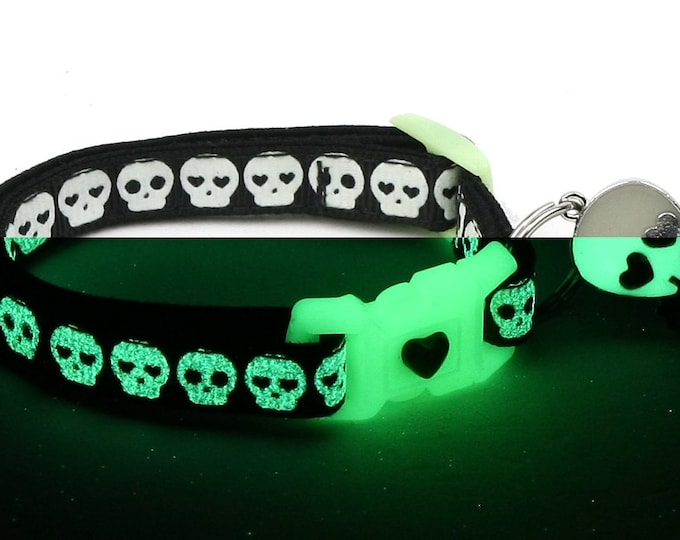 Skull Cat Collar - Glowing Skulls on Black - Small Cat / Kitten or Large Cat Collar - Glow in the Dark