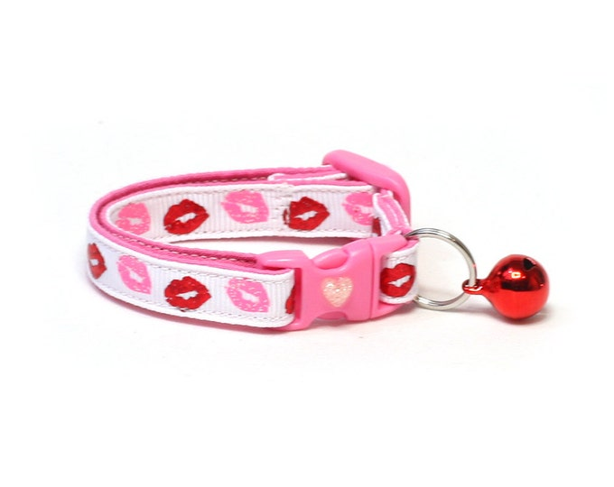 Valentines Day Cat Collar - Heartbreaker Kisses on White - Kitten or Large Size