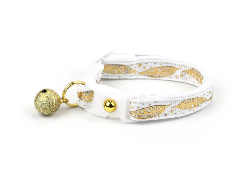 e77a95c17858 Feather Cat Collar Metallic Gold Feathers on White Small